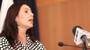 وزيرة الثقافة والرياضة ميري ريجيف، 17 مايو 2015 (Yonatan Sindel/Flash90)