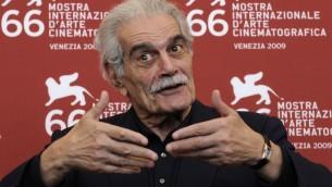 (ارشيف) - الفنان المصري عمر الشريف في مهرجان البندقية للأفلام، 10 سبتمبر 2009 (DAMIEN MEYER / AFP)