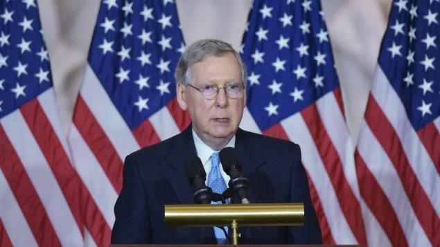 زعيم الغالبية الجمهورية في مجلس الشيوخ الاميركي ميتش ماكونيل (MANDEL NGAN / AFP)