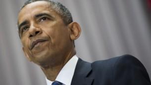 الرئيس الأأمريكي باراك أوباما خلال كلمة له حول الصفقة النووية التي تم التوصل إليها مع إيران في الجامعة الأمريكية في واشنطن العاصمة، 5 أغسطس، 2015. (AFP PHOTO/JIM WATSON)