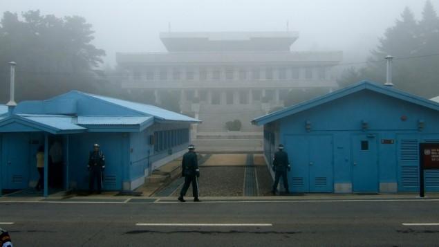 الحدود بين كوريا الشمالية وكوريا الجنوبية (CC BY-SA jon, Flickr)