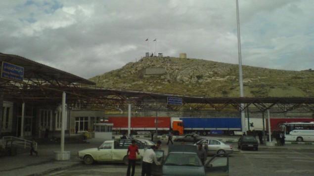 معبر بازرغان الحدودي بين إيران وتركيا (CC BY SA M_karzarj, Wikipedia)