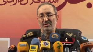 مساعد الأركان العامة للقوات المسلحة الإيرانية العميد مسعود جزائري. (لقطة شاشة: YouTube/PressTV Videos)