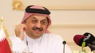 وزير الخارجية القطري خالد بن محمد العطية خلال مؤتمر صحافي في الدوحة، 3 اغسطس، 2015. (AFP/Al-Watan Doha/Karim Jaafar)