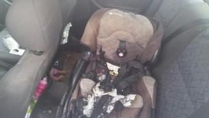 مرسي اطفال محرق تابع لطفة عمرها 4 اعوام اصيبت بهجوم زجاجة حارقة على سيارة في الضفة الغربية، 23 اكتوبر 2015 (IDF)