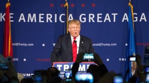 المرشح للرئاسة في الحزب الجمهوري دونالد ترامب خلال خطاب، 7 ديسمبر 2015 (Sean Rayford/Getty Images/AFP)