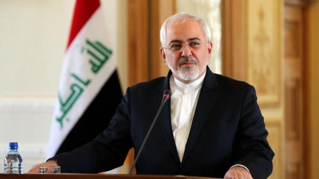 وزير الخارجية الايراني محمد جواد ظريف في مؤتمر صحافي مع نظيره العراقي ابراهيم الجعفري في طهران، 6 يناير 2016 (ATTA KENARE / AFP)