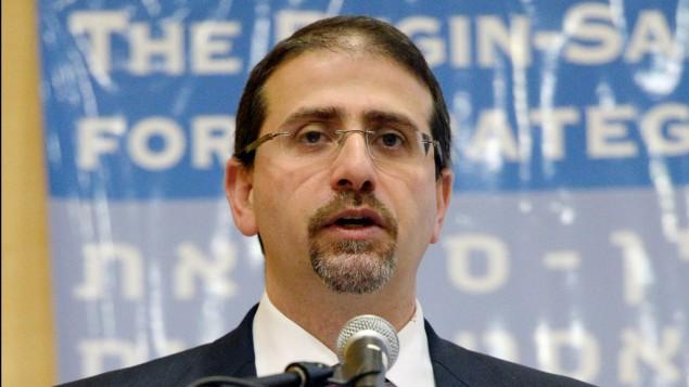 السفير الأمريكي في إسرائيل دانييل شابيرو، 9 ديسمبر، 2014. (Matty Stern/US Embassy)