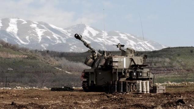 صورة توضيحية لمدافع اسرائيلية على الحدود اللبنانية، 28 يناير 2015 (IDF Spokesperson)