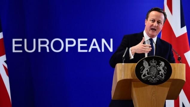 رئيس الوزراء البريطاني ديفيد كاميرون اثناء خطاب عند ختام قمة الاتحاد الأوروبي في بروكسل، 19 فبراير 2016 (EMMANUEL DUNAND / AFP)