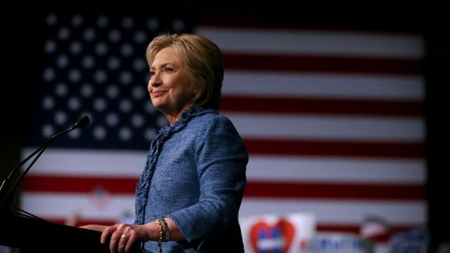 المرشحة الديمقراطية ووزيرة الخارجية السابقة هيلاري كلينتون في فلوريدا، 15 مارس 2016 (Justin Sullivan/Getty Images/AFP)