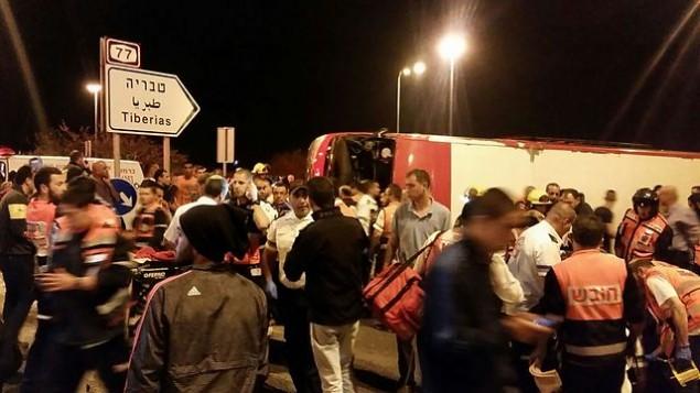 للتوضيح: موقع حادث طرق وقع في شمال إسرائيل، بالقرب من قرية الزرازير، 2 مارس، 2016. (MDA Spokesperson)