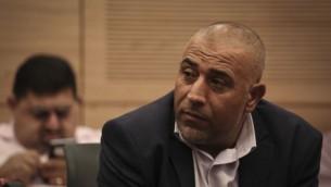 عضو الكنيست طالب أبو عرار خلال جلسة للجنة الشؤون الداخلية في الكنيست، 17 نوفمبر، 2014. (Hadas Parush/Flash90)