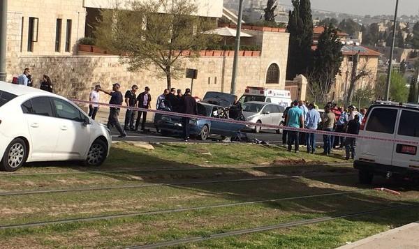 الشرطة في مكان وقوع هجوم بالقرب من البلدة القديمة في القدس، 9 مارس 2016 (Israel Police)