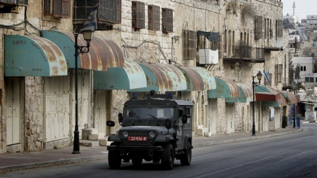 صورة توضيحية لمركبة عسكرية إسرائيلية في الضفة الغربية، 7 نوفمبر، 2013. (Miriam Alster/Flash90)