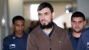 خالد قطينة، الفلسطيني الذي قام بتنفيذ هجوم دهس أسفر عن مقتل شاب إسرائيلي وإصابة مواطنة أخرى في المحكمة المركزية في القدس، 13 أبريل، 2016. (Yonatan Sindel/Flash90)