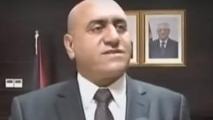 أكرم الرجوب، الذي أعلن في 26 أبريل، 2016 بأنه أقيل من منصبه محافظا لنابلس على يد رئيس السلطة الفلسطينية محمود عباس. (لقطة شاشة:YouTube)