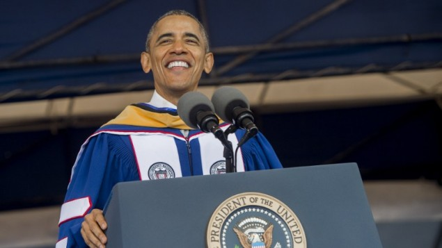 الرئيس الأمريكي باراك أوباما خلال خطاب في احتفال تسليم شهادات في جامعة هوارد في واشنطن، 7 مايو 2016 (SAUL LOEB / AFP)