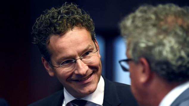 وزير المالية الهولندي ورئيس مجموعة اليورو يورين ديسلبلوم في مقر الاتحاد الاوروبي في بروكسل، 24 مايو 2016 (JOHN THYS / AFP)