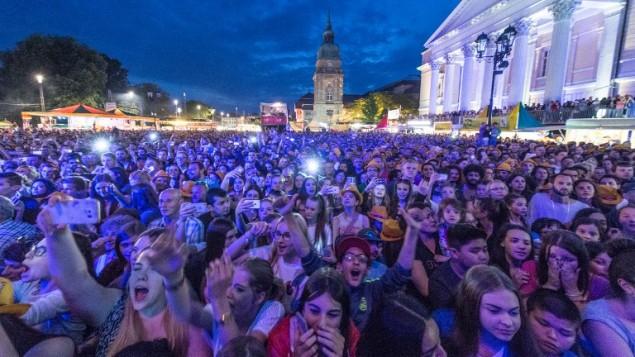 مهرجان موسيقي في دارمشتات بغرب المانيا، 26 مايو 2016 (BORIS ROESSLER / DPA / AFP)