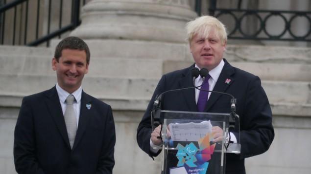 رئيس بلدية لندن السابق بوريس جونسون ( CC BY Jon Curnow, Flickr)