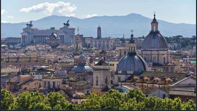 صورة توضيحية لللعاصمة الإيطالية روما (CC BY-SA Bert Kaufmann, Flickr)