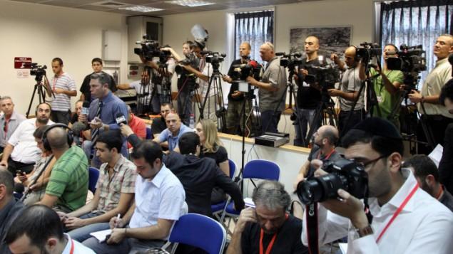 صورة توضيحية لصحفيين (Mark Israel Sellem/Flash90)