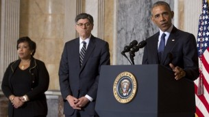 الرئيس باراك اوباما بعد لقاء لمجلس الامن القومي حول تنظيم الدولة الإسلامية في وزارة المالية في واشنطن، 14 يونيو 2016 (AFP/SAUL LOEB)