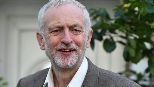 رئيس حزب العمال البريطاني المعارض جيرمي كوربن في لندن، 28 يونيو 2016 (BEN STANSALL / AFP)