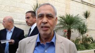 العضو في اللجنة المركزية لحركة فتح محد المدني ( Elhanan Miller/Times of Israel)