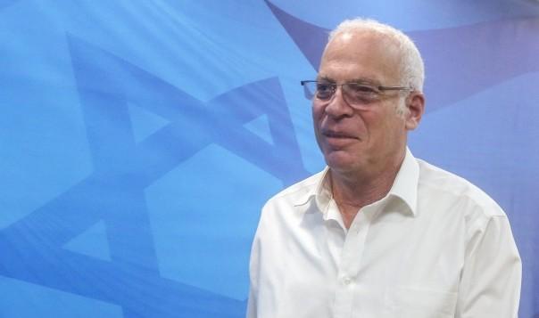 الوزير اوري ارئيل يصل الى جلسة الحكومة الاسبوعية في القدس، 13 مارس 2016 (Marc Israel Sellem/POOL)