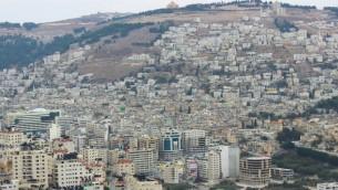 مدينة نابلس في الضفة الغربية عام 2013 (Creative Commons/Muataz Towfiq Agbaria)