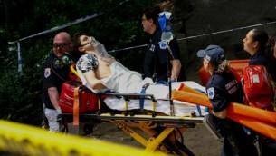 شاب اصيب بإصابات بالغة عند انفجار غرض بسنترال بارك في نيويورك، 3 يوليو 2016 (KENA BETANCUR / AFP)