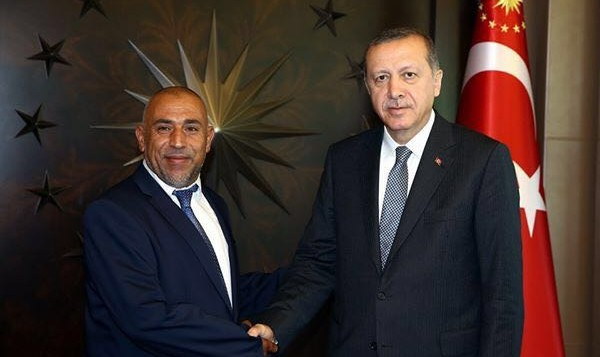 عضو الكنيست طالب ابو عرار من القائمة العربية المشتركة مع الرئيس التركي رجب طيب اردوغان (Courtesy)