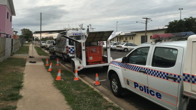 الشرطة الاسترالية في ساحة هجوم نفجذه فرنسي ضد سياح بريطانيين في استراليا، 25 اغسطس 2016 (STR / AFP)