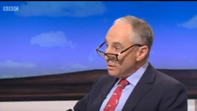 مايكل فوستر على قناة بي بي سي، 2 اكتوبر 2015 (screen capture: YouTube)
