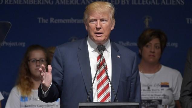 المرشح الجمهوري للولايات المتحدة دونالد ترامب خلال خطاب في ولاية تكساس، 17 سبتمبر 2016 (MANDEL NGAN / AFP)