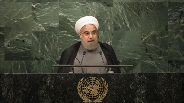 الرئيس الإيراني حسن روحاني يخاطب الجمعية العامة للأمم المتحدة في نيويورك، 22 سبتمبر 2016 (Drew Angerer/Getty Images/AFP)