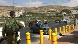 موقع محاولة هجوم الدهس خارج مستوطنة كريات أربع بالقرب من مدينة الخليل في الضفة الغربية، 16 سبتمبر، 2016. ( Judea and Samaria  Hatzalah)