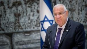 الرئيس الإسرائيلي رؤوفن ريفلين في منزل الرئيس في القدس، 14 سبتمبر 2016 (Yonatan Sindel/Flash90)