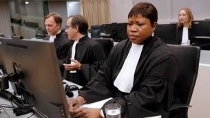 المدعية في المحكمة الجنائية الدولية فاتو بنسودا في مقر المحكمة بلاهاي، 27 سبتمبر 2016 (AFP/ANP/Bas Czerwinski)