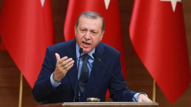 الرئيس التركي رجب طيب اردوغان خلال خطاب في انقرة، 29 سبتمبر 2016 (ADEM ALTAN / AFP)