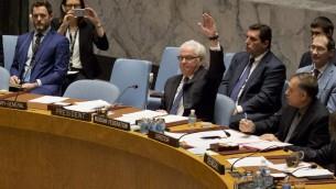 المبعوث الروسي للامم المتحدة فيتالي تشوركين ستخدم الفتيو في مجلس الامن الدولي ضد مشروع قرار فرنسي اسباني حول سوريا، 8 اكتوبر 2016 (DOMINICK REUTER / AFP)