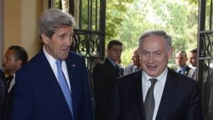رئيس الوزراء بينيامين نتنياهو يلتقي بوزير الخارجية الأمريكية جون كيري في روما، إيطاليا، 27 يونيو، 2016. (Amos Ben Gershom/GPO)