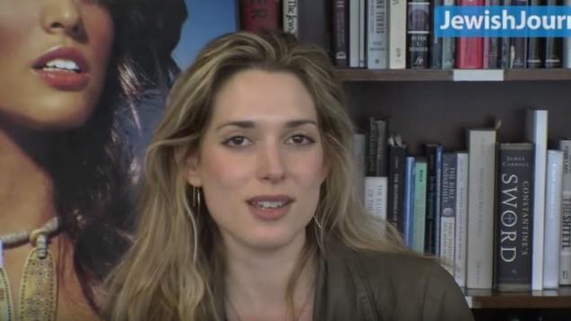 الصحفية اليهودية الامريكية دانييل بيرين (YouTube/Jewish Journal)