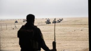 عضو في جهاز مكافحة الارهاب العراق في الضواحي الشرقية للموصل، 31 اكتوبر 2016 (AFP Photo/Bulent Kilic)