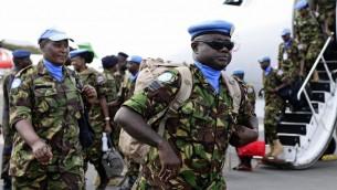 مجموعة من الجنود الكينيين المشاركين في قوة حفظ السلام الاممية في نيروبي/ 9 نوفمبر 2016 (JOHN MUCHUCHA / AFP)
