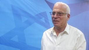 الوزير أروي أريئيل خلال حضوره للجلسة الأسبوعية للحكومة في القدس، 13 نوفمبر، 2016. (Marc Israel Sellem/POOL)