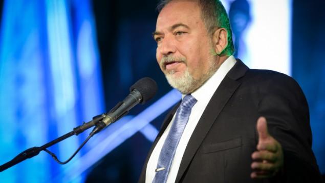 وزير الدفاع افيغادور ليبرمان في تل ابيب، 3 نوفمبر 2016 (Flash90)