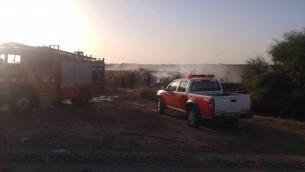 رجال اطفاء يواجهون حريق في ريشبون، 27 نوفمبر 2016 (Israel Police)